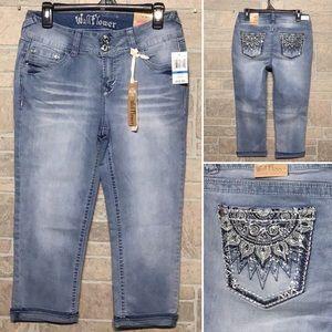 Wallflower NWT - Sz 9 Junior - Lucious curvy jeans